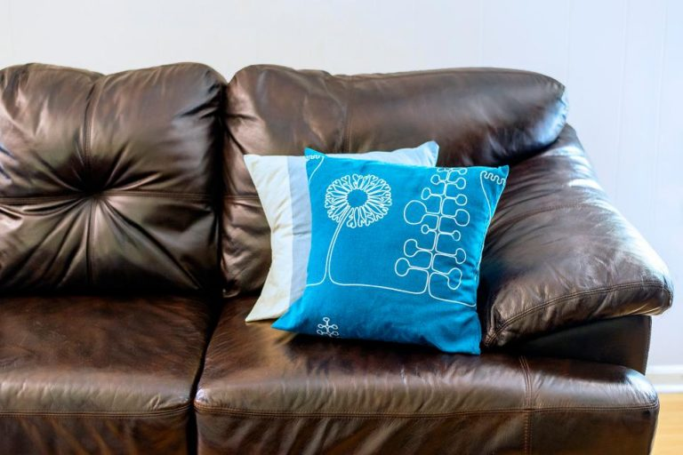 Quick Tips to repair a leather sofa